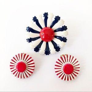 Jewelry - Vintage enamel daisy flower brooch & earrings